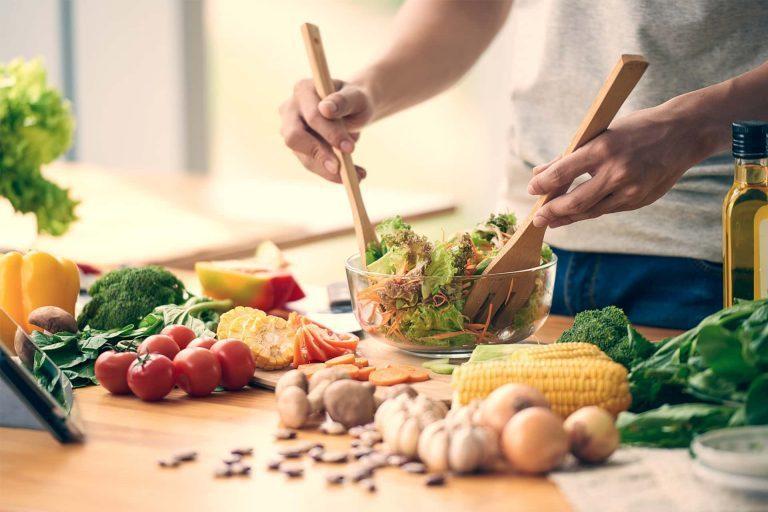 Comer saludablemente, ayuda a tener mejores defensas