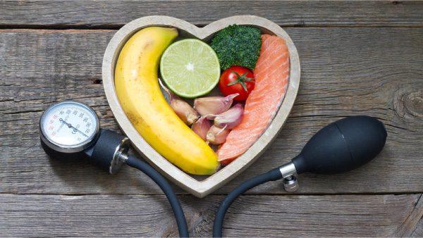 Para controlar la hipertensión, una vida saludable