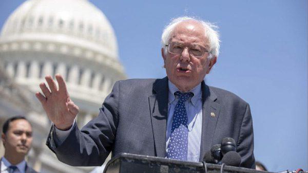 Bernie Sanders y su plan para ayudar a los inmigrantes
