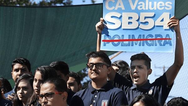 """Ley """"Santuario"""" en el estado de California seguirá vigente"""