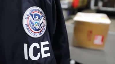 Esto es lo que debes hacer si ICE te detiene