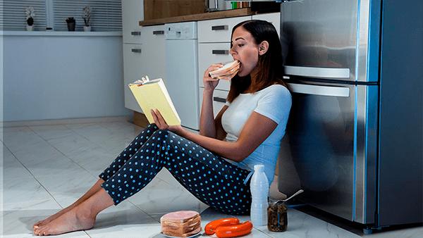 Cómo evitar comer de más por el estrés y la ansiedad en esta cuarentena
