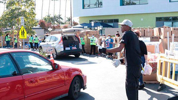 En la ciudad de Los Ángeles habrá distribución de alimentos gratuitos