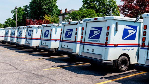 Empleada del Servicio Postal de EEUU desechaba documentos de inmigración