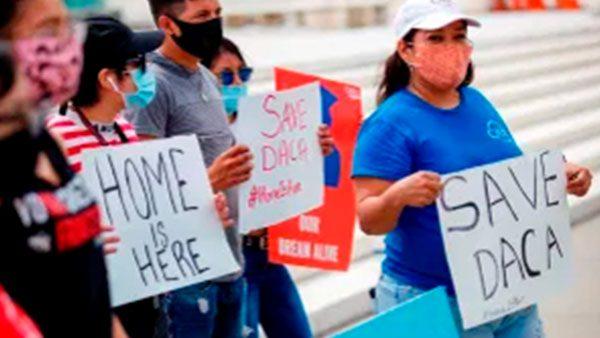 Ley CARES excluye a estudiantes indocumentados